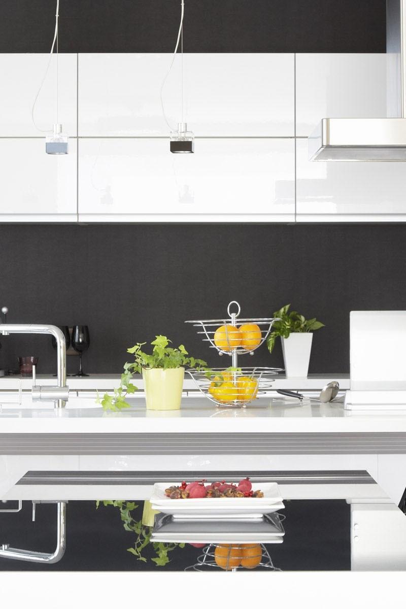 Efektywne i luksusowe wnętrze mieszkalne dzięki sprzętom na indywidualne zlecenie